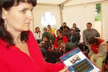 Osmdesát pět handicapovaných z jedenácti evropských zemí se účastní v Lučanech nad Nisu v hotelu Avicenum dvou týdenního projektu zaměřený na jejich vzdělávání a předání si zkušeností. Projekt je financován EU a každoročně probíhá v jiné zemi.