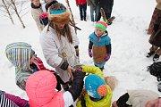 V Rýnovicích se konal masopustní rej. Užily si ho především děti, pro které byly připraveny různé soutěže.