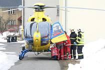 K vážné dopravní nehodě došlo v neděli před půl druhou odpoledne v obci Zlatá Olešnice na Jablonecku. Řidič skončil se starší škodovkou v příkopě.