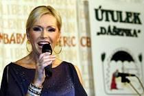 Helena Vondráčková na sobotním benefičním plese