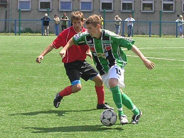 Starší dorost FK Jablonec 97 prohrál ve svém posledním zápase České ligy v Pardubicích 2:0. Na fotografii je zachycen jablonecký Martin Chlomek.