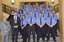 Jablonecká městská společně s vedením města vyhlašovala nejlepšího strážníka za minulý rok. Je jím Jiří Hartman.