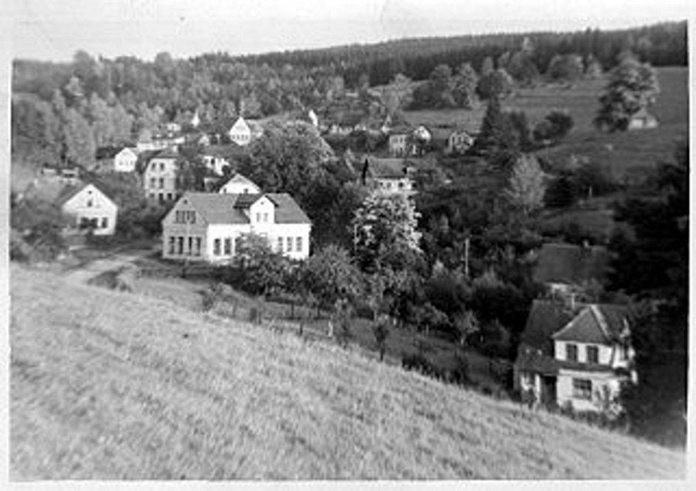 Historické fotografie Janova nad Nisou.