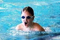 Tři sta pětašedesát startujících plavců z jedenadvaceti oddílů celé České republiky se zúčastnilo tradiční Velké ceny Bižuterie a města Jablonce v plavání, při které ve všech plaveckých způsobech závodníci absolvovali tratě na 50 a 100 metrů.