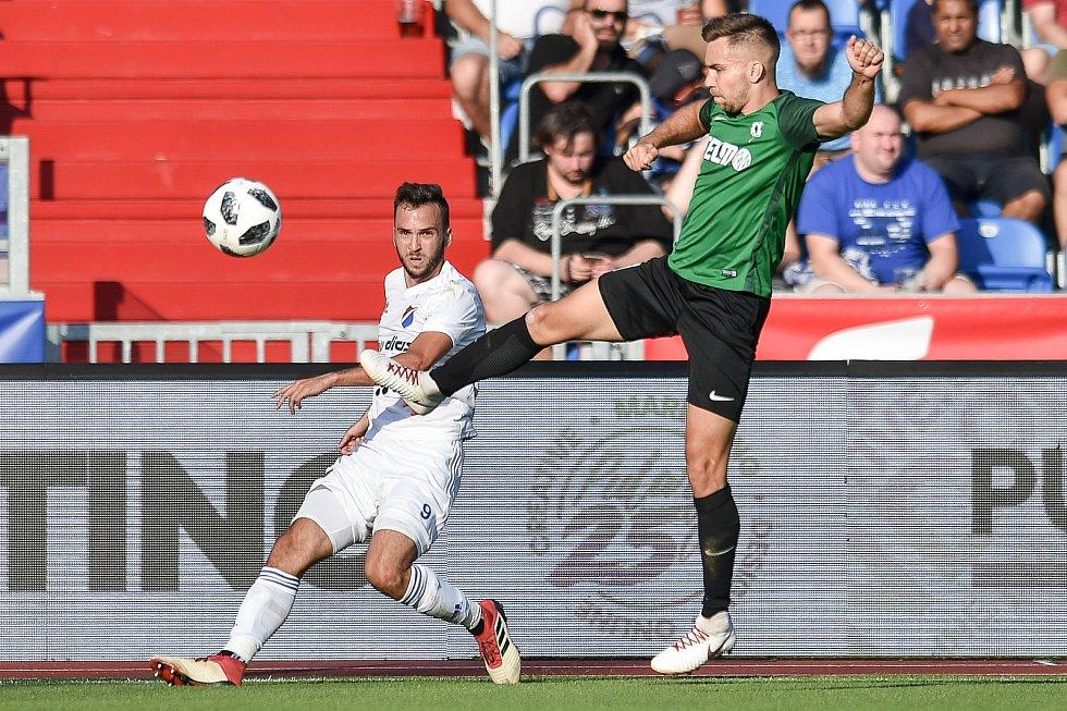 Utkání 1. kola první fotbalové ligy: Baník Ostrava - FK Jablonec, 23. července 2018 v Ostravě. (vlevo) Lukáš Pazdera a