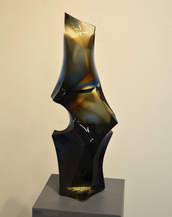 PRŮŘEZ UMĚLECKOU TVORBOU sochaře a sklářského výtvarníka Miloslava Klingera představí výstava v Městské galerii Vlastimila Rady v Železném Brodě.