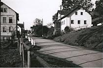 Fotografie z historie obce Loužnice na Jablonecku.