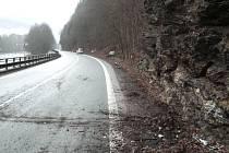 Řidička Škody Felicie utrpěla zranění při nehodě, která se stala v neděli na silnici mezi hlavní silnicí a Mukařovem u Líšného.