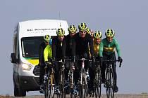 Kilometry najížděli před sezónou jablonečtí cyklisté KC Kooperativa v okolí lázeňského města Dudince.