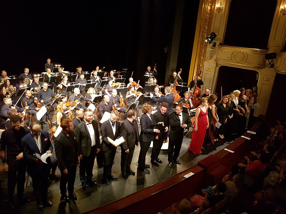 Jako host se na Operní gala přijela podívat mezzosopranistka světového formátu Eva Randová.