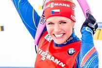 Gabriela Soukalová zakončila biatlonovou sezonu stříbrem v závodu s hromadným startem v ruském Chanty Mansijsku.