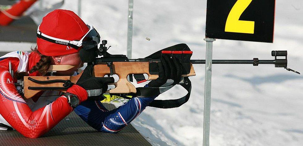 EYOWF 2011. Biatlon - dívky individuálně 10 kilometrů se jel v úterý v jabloneckých Břízkách. Jablonecká závodnice Jessica Jislová (29) skončila na 22. místě.