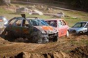 Demoliční derby osobních automobilů Tanvaldský autošťouch proběhlo 29. září v Tanvaldu na Jablonecku.