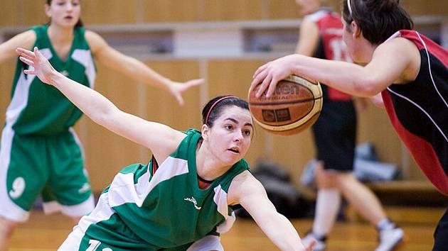 Basketbalistky Bižuterie porazily Týniště nad Orlicí o devětadvacet bodů.