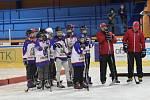 Přes tři desítky dětí strávily nedělní dopoledne na zimním stadionu a zkoušely si, jak chutná hokej.