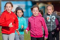 """Přespolní běh """"100 let republiky oslavíme pohybem"""" proběhl 1. listopadu na hřišti u Základní školy Mozartova v Jablonci nad Nisou."""