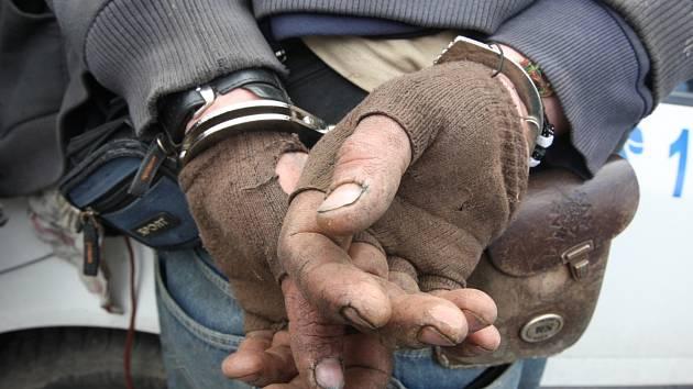 Zadržený pachatel - ilustrační foto
