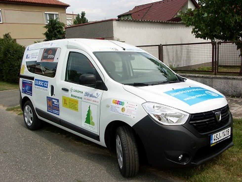 Automobil značky Dacia Dokker.