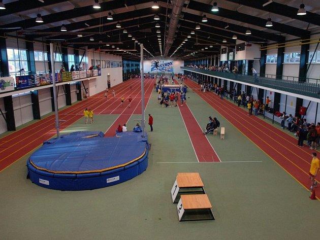 Nově rekonstruovaná jablonecká atletická hala.