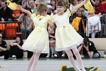V jablonecké městské sportovní hale proběhla v sobotu regionální soutěž tanečních formací. Na snímku Slunečnice a s touto skladbou TaPŠ ILMA