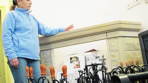 Katarína Vlková z Podještědského kamnářství říká, že každé zdražení tepla přivádí vlnu nových zákazníků.