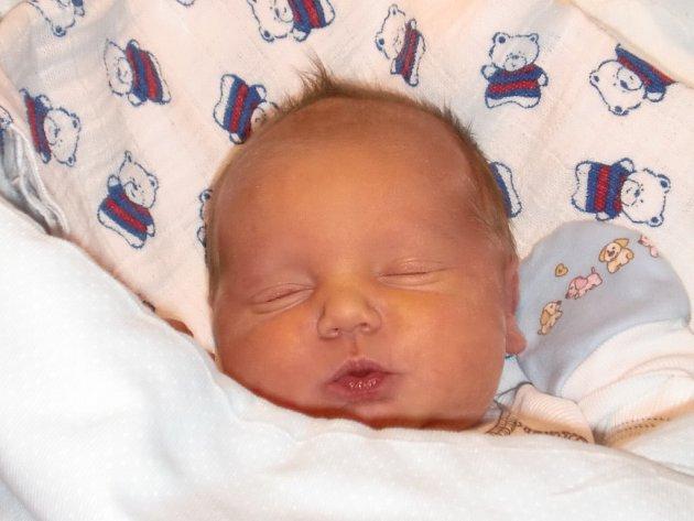 Daniel Róka se narodil Květě Šírové a Lukášovi Rókovi ze Smržovky 25. 11. 2013. Měřil 49 cm, vážil 3650 g.