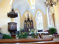 Hrubá Skála. Empírový kostel sv. Josefa z roku 1812.