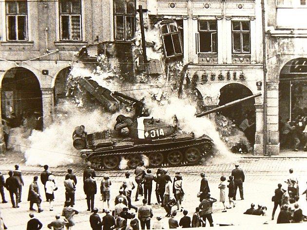 Srpen 1968 a listopad 89 na Jablonecku
