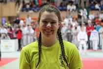 Jablonecká judistka Kateřina Poláková se na Velké ceně Jablonce prala za domovský Judo Klub. Tentokrát naposledy v kategorii juniorů, příští zápas už nastoupí mezi dospělými.