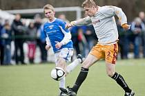 Derby v prvním jarním kole krajského fotbalové přeboru skončilo vítězstvím hostujícího Pěnčína, který v prvním jarním kole vyhrál v Desné 1:0.