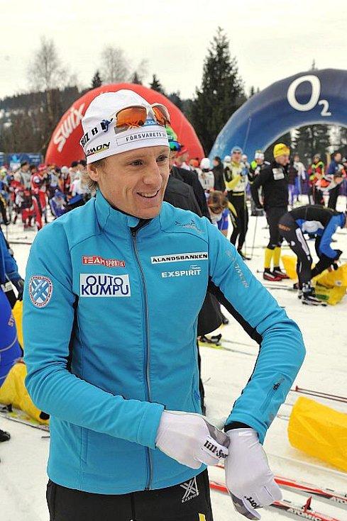 Jizerská padesátka 2011.  Letos stříbrný Švéd Oskar Svärd.