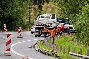 Na silnici první třídy číslo 65 mezi Jabloncem nad Nisou a odbočkou na Rádlo pokračují práce pro vytvoření třetího jízdního pruhu.