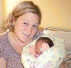 Julie Papoušková se narodila Lucii a Jiřímu Papouškovým z Jablonce nad Nisou 11. 11. 2014. Vážila 2800 g a měřila 48 cm.