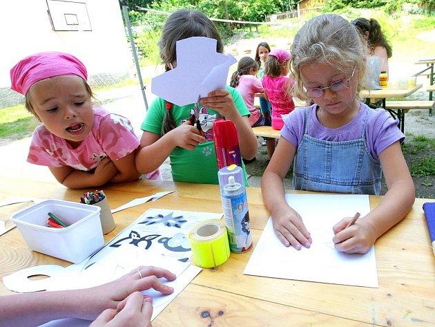 Ve středisku volného času Domu dětí a mládeže Vikýř probíhal taneční a kreativní týden.