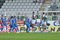 Derby vyhrál na jablonecké Střelnici Liberec (v modrém) 1:0.