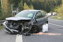 Na jablonecké výpadovce na Prahu se střetla tři auta.