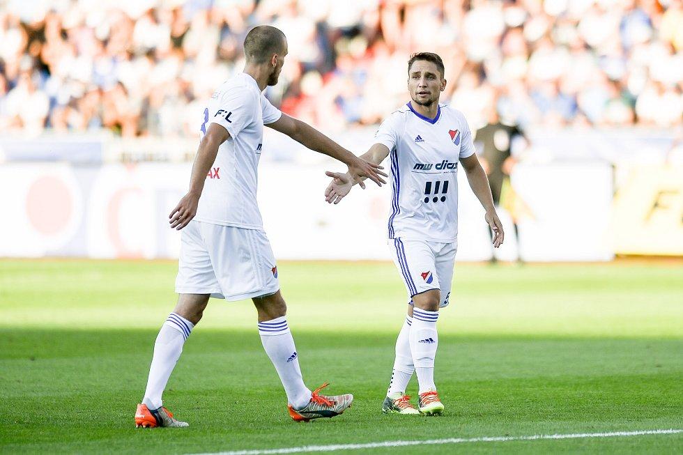 Utkání 1. kola první fotbalové ligy: Baník Ostrava - FK Jablonec, 23. července 2018 v Ostravě. (vlevo) Martin Šindelář a Jánoš Adam.