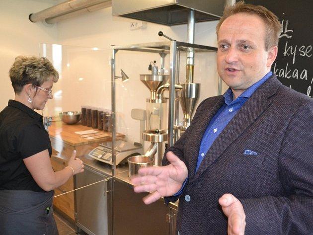 Kavárna a pražírna Jiřího Mikuly v Turtnově.