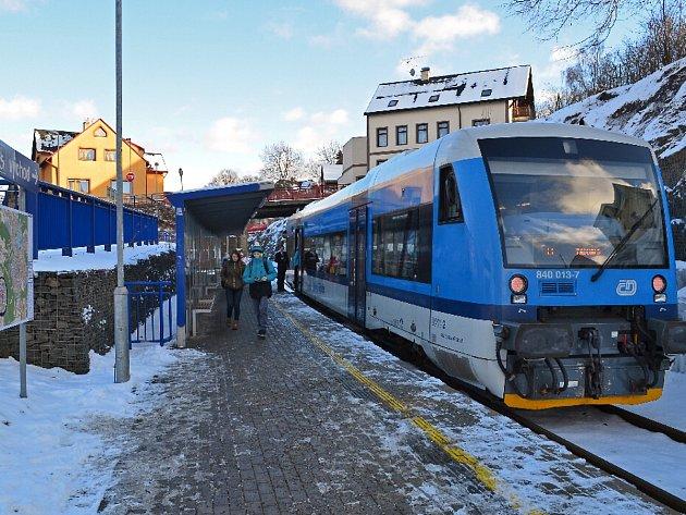 Zastávka Jablonec Centrum byla uvedena do provozu v roce 2010. Výstavbu financovalo město Jablonec nad Nisou.