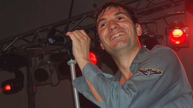 Jiří Macháček, zpěvák, herec