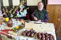 V sokolovně ve Bzí u Železného Brodu v sobotu 6. března proběhly tradiční velikonoční trhy.