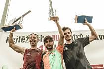 Vítězem běžeckého závodu Red Bull 400 se loni stal turecký šampion Ahmet Arslan s rekordním časem 4:01,77.