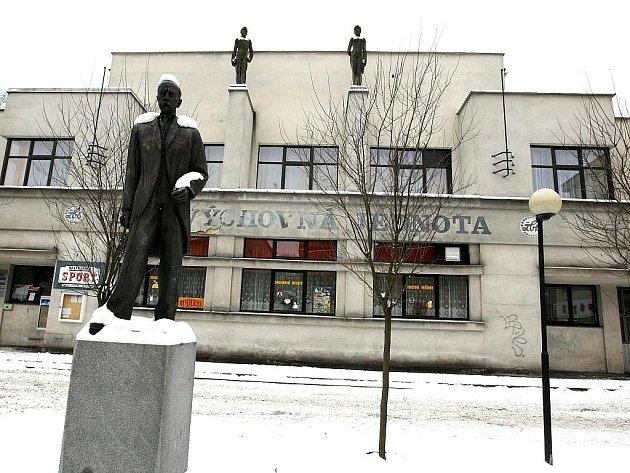 Sokolovna v Železném Brodě. Otevřena v roce 1929.