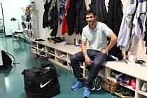 Záložník Daniel Silva Rossi v šatně jabloneckého týmu.