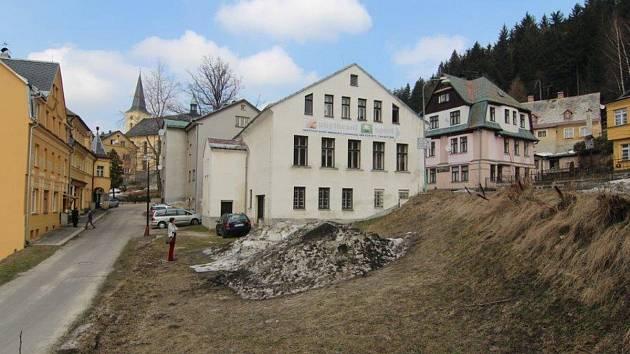 Bývalý kulturní dům v Janově