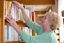 Helena Vavřinová patří ke stálým návštěvníkům jablonecké Městské knihovny v kterémkoliv ročním období.