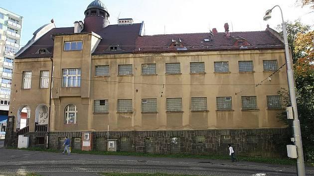 Městské lázně v Jablonci nad Nisou.
