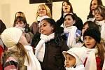 Akci Tvoříme duší zakončili koncertem v kostele na náměstí Dr. Farského v Jablonci.