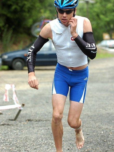 Štěpán Chroustovský vyhrál 4. ročník extrémního závodu Jizerskohorský muž.