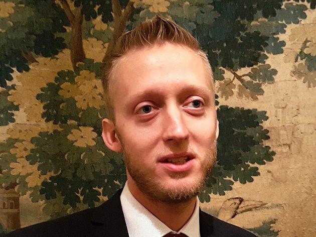 Hrad Trosky vstupuje do sezóny snovým kastelánem, dosavadním zástupcem stávajícího, ing. Lubomírem Martinkem.